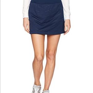 ✨Under Armour Coldgear Navy Skirt with pockets!